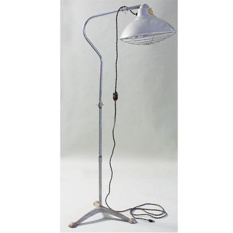 Desert-Air Lamp Co. Vintage Industrial Heat Lamp